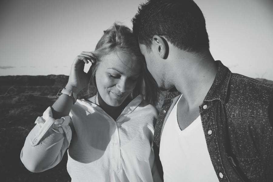 女性の脈ありを探る会話術!あなたを恋愛対象とする4つの反応