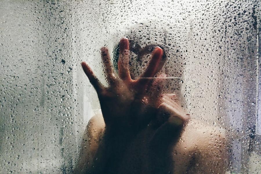 失恋の悩みを解消!今すぐ恋愛の苦しみを乗り越える2つの方法